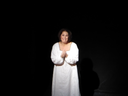 Sondra Radvanovsky (Anna Bolena) at curtain call